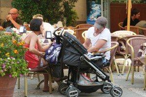 זוג ועגלת תינוק - טיפול זוגי
